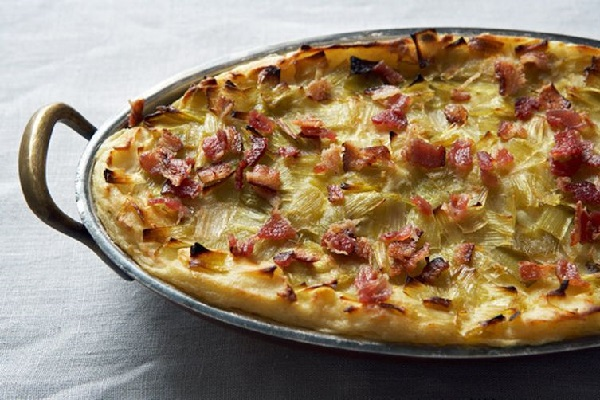 Cheesy Potato Pie with Bacon and Leeks